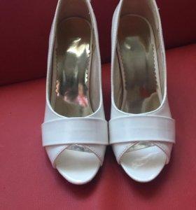 Туфли размер 34-35