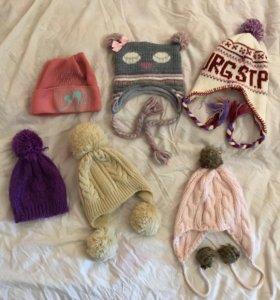 Набор шапок на девочку
