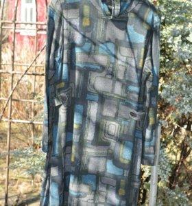 Трикотажное платье размер 48-50