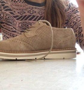 Женские ботинки 38