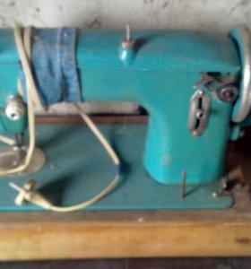 Швейная машинка эл