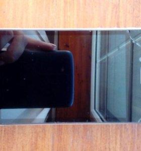 Продаю iPhone 4 s