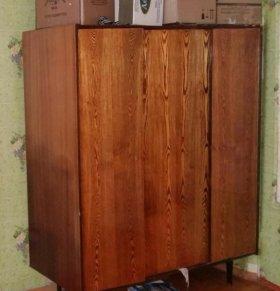 Шкаф 3-створчатый