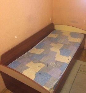 Кровать в детскую .