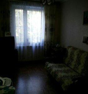 Сдается 1 комната в 3 комнатной квартире...м.Новог