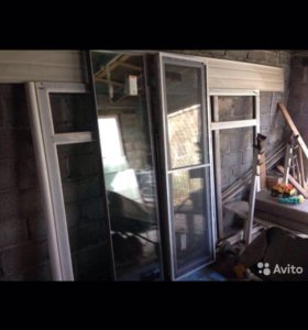 Окно, двери и балкон