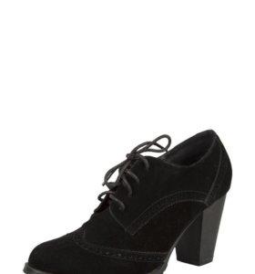 Женские новые ботинки 38 размера