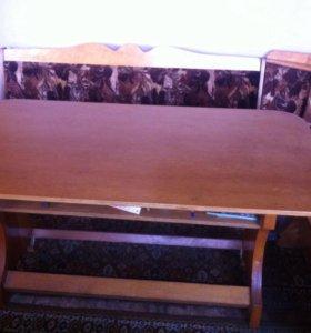 Уголок и стол кухонные(из дерева а не дсп )