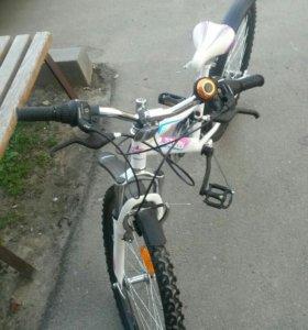 Велосипед подросковый.