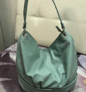 Совершенно новая сумка,мятного цвета