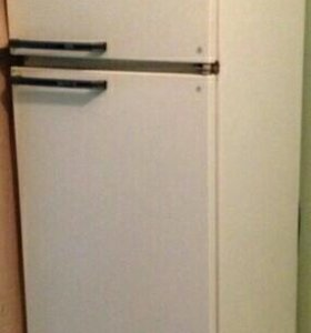 Холодильник двухкамерный Минск15