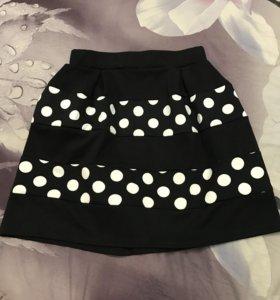 Новая юбка, не одета ни разу