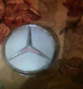 Заглушка колеса Mercedes