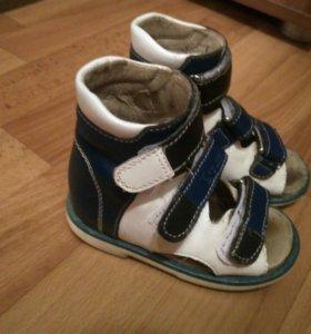Ортопедическая обувь Ortuzzi.