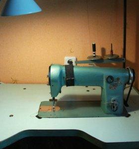 Промышленная швейная машинка 91 класса