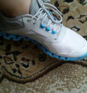 Кроссовки addidas, reebok