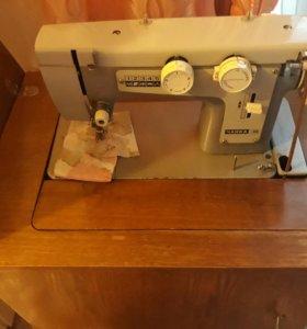 """Продам швейную машинку """"Чайка 3"""""""