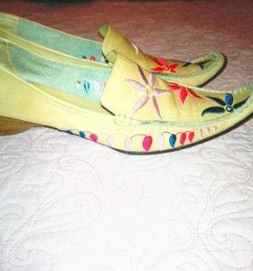 39 р Кожаные винтажные туфли
