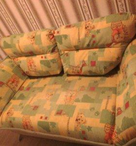 Деткий диван