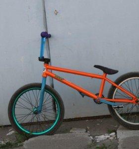 Велосипед bmx продам срочно!