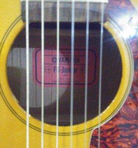 Детская гитара Yamaha FG-Junior JR1