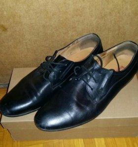 Туфли мужские. Кожанные.
