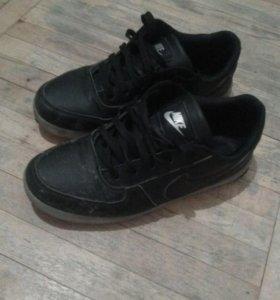 Найк обувь новая