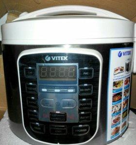 Мультиварка Vitek VT-4211 новая, в коробке