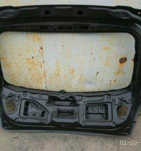 Крышка багажника на Мазда 3 хетчбек
