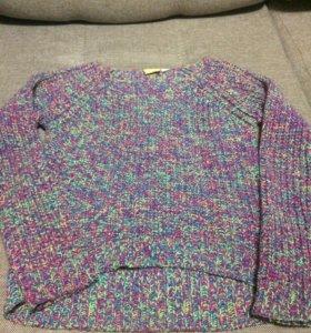 Фирменный свитер девочке 7-10лет