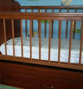 Кровать-трансформер с матрацем