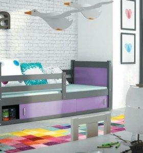 Новая кровать с матрасом и ящиком