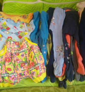 Много колготок футболки штаны