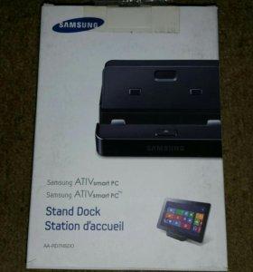 Док-станция и чехол для Samsung XE500T