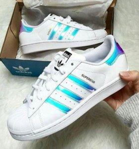 кроссовки новые Adidas в наличии  38.39