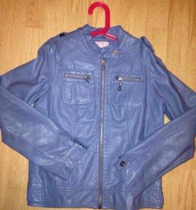 Куртка  на девочку 11-12лет
