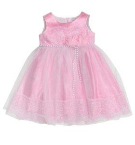 Праздничное розовое платье