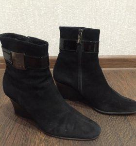 Продам итальянскую женскую обувь