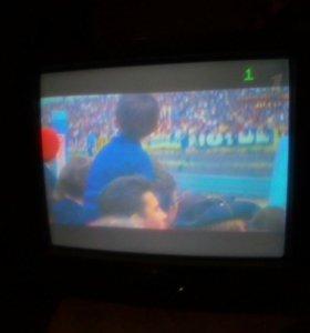 Телевизор-72см-Филипс