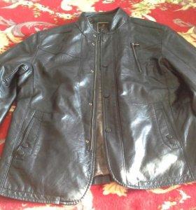 Куртка коженная (черная)