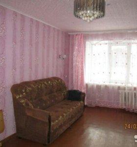 Двухкомнатная квартира на коммунистической 4