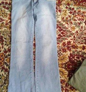 Продам джинсы паетом