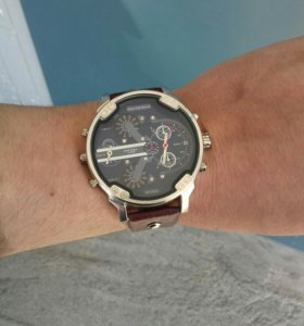 Часы DIESEL новые