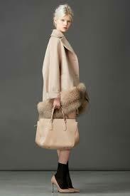 Пальто с нат мехом