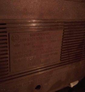 Магнитофон 87 года выпуска