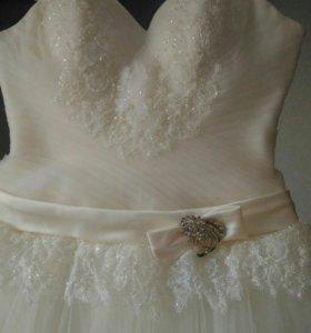 Свадебное платье 46-48 размер