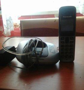 Безпроводной телефон Panasonic