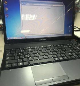 Красивый ноутбук Samsung np300 b970 4gb gt620