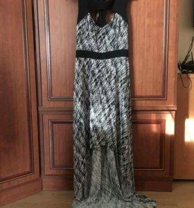 Платье Guess р.44-46