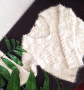 Укороченый свитер травка